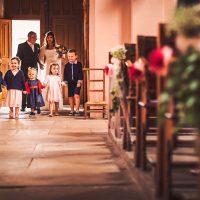 Entrée des enfants pour la cérémonie de mariage