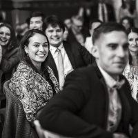 Invités durant le mariage de Chloé et Romain au Prieuré de Bonvaux - Photo Clément Renard