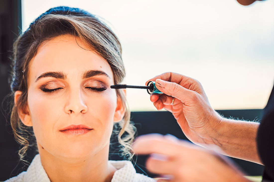 Photo de maquillage de la mariée en Bougogne