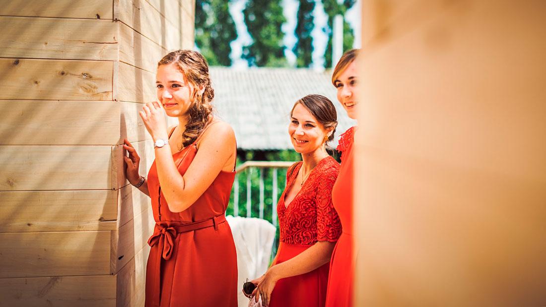 Emotion soeur de la mariée