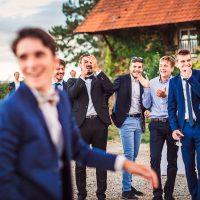Rires durant le mariage au Manoir Equivocal